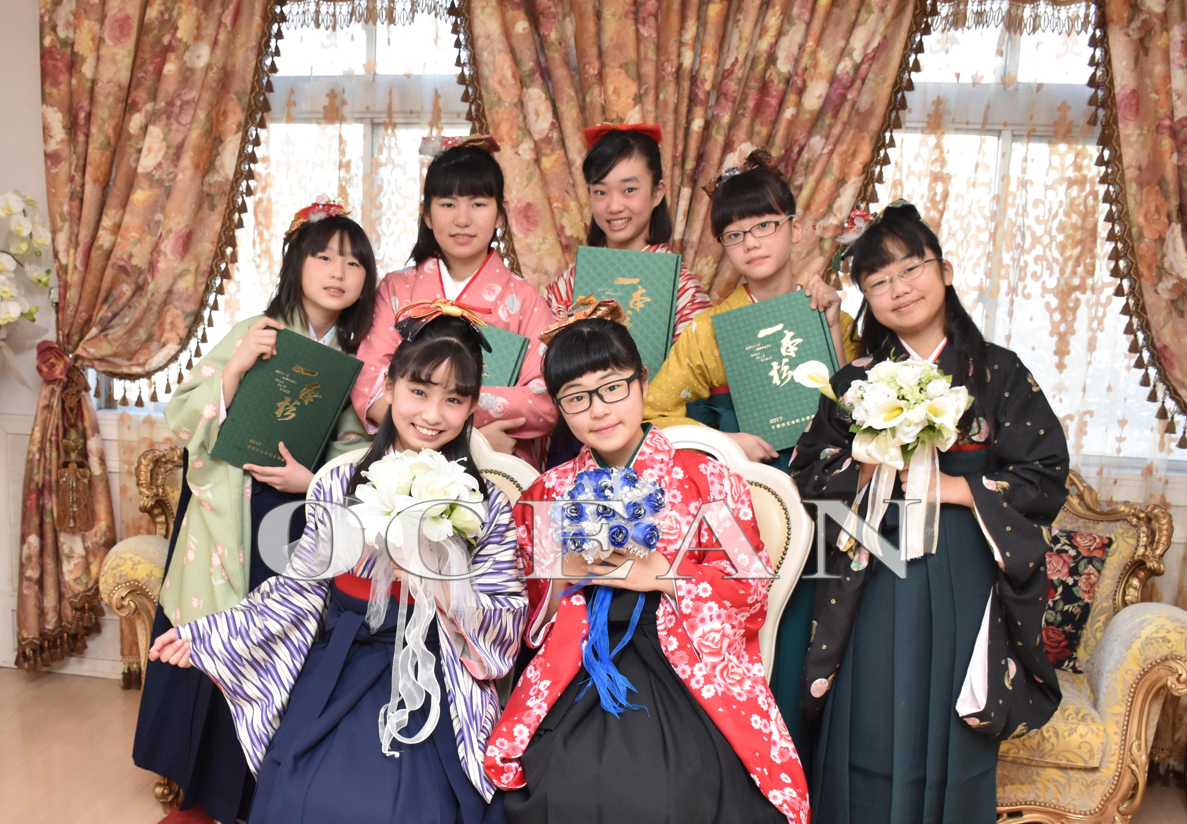 小学生の袴の記念写真